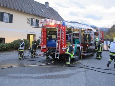 Der Feuerwehrwagen.